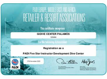 Gidive obté la certificació de PADI Centre 5* IDC